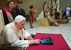 Benedict XVI - his first tweet