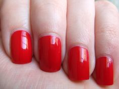 butter LONDON — Come to Bed Red (Core Collection)