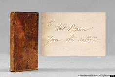 Una copia de 'Frankenstein' que perteneció a Lord Byron y que cuenta con una dedicatoria de la propia Mary W. Shelley ha sido descubierta en una biblioteca familiar. La copia de una de las mejores obras de ficción de la época romántica había permanecido olvidada durante más de 50 años en la biblioteca de Lord Jay, economista y político laborista. Su nieto Sammy estaba ordenando sus papeles para los archivos de la Biblioteca Bodleian en Oxford cuando hizo el descubrimiento.