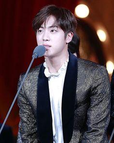 WEBSTA @ seokjinkim - 161119 © shine on methis filter makes him look pasty as hell where is his melanin↠ #kimseokjin #jin #bangtanboys #bangtansonyeondan #bts #방탄소년단 #김석진 #석진