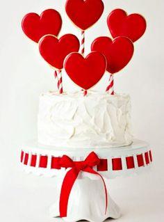 Simple Valentine's Cake | The Bearfoot Baker
