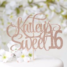 Personalized Sweet 16 Cake Topper Style 1 Kailey's sweet 16 rose gold cake topper on white cake with flower details Sweet 16 Party Decorations, 16th Birthday Decorations, Sweet 16 Themes, Birthday Ideas, Sweet Sixteen Cakes, Sweet 16 Cakes, Sweet Sixteen Parties, Sweet 16 Birthday Cake, Birthday Roses
