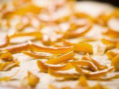 Orangenschalen kandiert ist ein Rezept mit frischen Zutaten aus der Kategorie Südfrucht. Probieren Sie dieses und weitere Rezepte von EAT SMARTER!