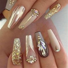 There are three kinds of fake nails which all come from the family of plastics. Acrylic nails are a liquid and powder mix. They are mixed in front of you and then they are brushed onto your nails and shaped. These nails are air dried. Acrylic Nails At Home, Acrylic Nail Designs, Nail Art Designs, Chrome Nails Designs, Gold Designs, Awesome Nail Designs, Best Nail Designs, Fancy Nails Designs, Acrylic Art