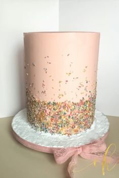 Sometimes all you need is sprinkles on a cake! Cookie Jars, All You Need Is, Vanilla Cake, Sprinkles, Birthday Cake, Cakes, Desserts, Instagram, Food