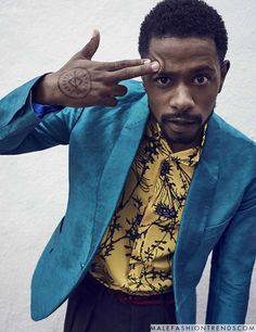 Atlanta star Lakeith Stanfield brings humor to Esquire's latest style outing. Stanfield links up with the magazine for its June/July 2017 issue. Men In Black, Black Boys, Renaissance Men, Foto Pose, Men's Grooming, Esquire, Alter, Actors & Actresses, Mens Fashion
