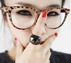 cd32b099d91b8f lunette de vue femme aux prints léopard allure ludique Lunettes De Vue  Femme Mode, Lunette