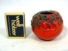 Probable the smallest 70´s design Otto Keramik Fat Lava pottery vase 5 cm