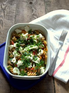 Food in the box: pasta with vegetables - Kuchnia :D - Makaron Vegetable Pasta, Vegetables, Ethnic Recipes, Lunch Boxes, Food, Motivation, Diet, Veggies, Essen