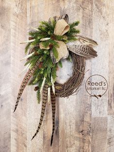 Trying to define what elegant Christmas decorations are can be quite difficult. It's one of those things that is hard … Elegant Christmas Decor, Rustic Christmas, Christmas Crafts, Christmas Decorations, Christmas Christmas, Christmas Vacation, Beautiful Christmas, Elegant Fall Wreaths, Christmas Aesthetic