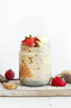 THE BEST AMAZING Peanut Butter Overnight Oats! Just 5 ingredients, 5 minutes prep, and SO delicious! cup Dairy-Free Milk + Tbsp Chia Seeds + cup Rolled Oats + Tbsp natural salted peanut butter or almond butter) + Tbsp maple syrup) = Perfect Overnight Oats Best Overnight Oats Recipe, Peanut Butter Overnight Oats, Overnight Oatmeal, Overnight Breakfast, Baker Recipes, Oatmeal Recipes, Microwave Recipes, Make Ahead Breakfast, Healthy Breakfast Recipes