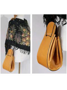 1970 Leather Bag / Tan leather shoulder bag by lesclodettes