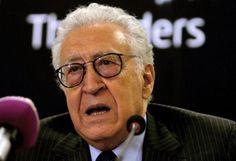 Près d'un an après la fin de sa mission, l'ancien émissaire de l'ONU et de la ligue arabe chargé du dossier de la Syrie, Lakhdar Brahimi se livre à une lecture critique du dossier syrien et de l'éc...