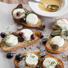 Pentik is an international interior design retailer, who wants to bring northern beauty and cosiness to homes. Cheese Bread, Goat Cheese, Caprese Salad, Starters, Recipes, Food, Pull Apart Cheese Bread, Rezepte, Essen