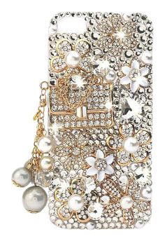 Bling Iphone 5 Case. This is so cute except those tassels would be ripped off within the first 3 days lol.