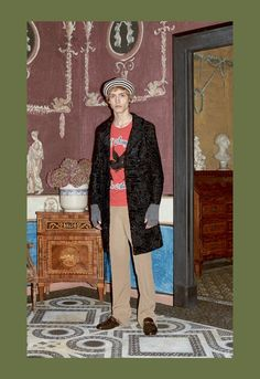 For Gucci's Pre-Fall 2016 menswear collection, designer Alessandro Michele pulls out all the stops with more than a few flamboyant offerings.