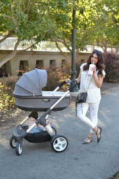 Summer strolling with new baby and Stokke Crusi Stroller via THE QUINTESSENTIALS BLOG