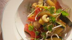 Gewokte kip met groenten en ananas | VTM Koken