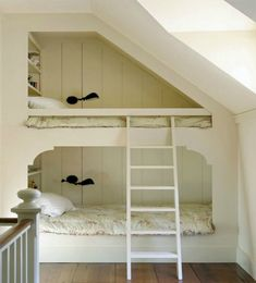 """"" Small Sleeping Spaces """" Best bunk beds ever. Farmhouse Children's Room """" Bunk Beds Built In, Cool Bunk Beds, Kids Bunk Beds, Loft Beds, Bunkbeds For Small Room, Bunk Bed Ideas For Small Rooms, Bed Ideas For Kids, Built In Beds For Kids, Small Bunk Beds"