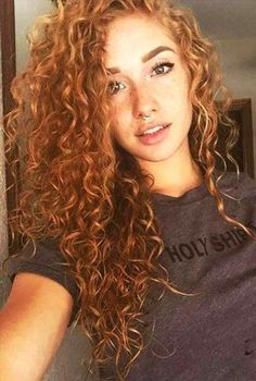 11 so perfekte lockige Frisuren für lange Haare Ideen afro bangs hair hair styles mujer peinados perm style curly curly Natural Hair Styles, Short Hair Styles, Natural Beauty, Curly Hair Styles For Long Hair, Color For Curly Hair, Frizzy Hair Styles, Style Curly Hair, Colored Curly Hair, Curly Girl