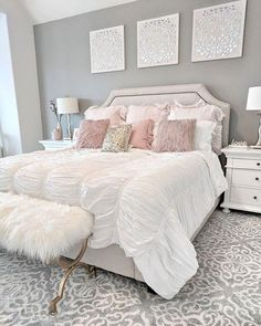 People with flair for the unusual should consider pink for the bedroom. Different shades of pink can be used for coloring walls for your bedroom. Instead of using regular shades of light or dark pink, your pink bedroom decor can… Continue Reading → Room Decor Bedroom, Home Bedroom, Girls Bedroom, Modern Bedroom, Bedroom Decor For Small Rooms, Apartment Bedroom Decor, Minimalist Bedroom, Bedroom Inspo, Bed Room
