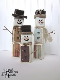 Snowman family made from scrap 2x4s@Today's Fabulous Finds Christmas Wood, Primitive Christmas, Christmas Snowman, Christmas Projects, Christmas Holidays, Christmas Decorations, Christmas Ornaments, Christmas Ideas, Christmas Stuff