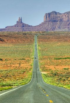 I'd like to go running here dressed up like forrest gump Places To Travel, Places To See, New Mexico Style, Empty Road, Long Way Home, Arizona Travel, Beautiful Places In The World, Canada, Trip Planning