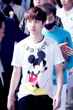 "EXO - D.O. ""Bad Boy"" shirt with Mickey Mouse good job"