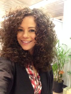 Me at the salon after a fresh curly hair cut for #mynaturallycurlyhair