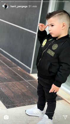 Baby Outfits, Outfits Niños, Little Boy Outfits, Toddler Boy Outfits, Cute Outfits For Kids, Toddler Boys, Toddler Boy Fashion, Baby Girl Fashion, Boys Haircut Styles