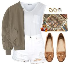 White denim is a hot trend for summer and there are so many ways to wear it. Draw inspiration from these outfit ideas!