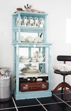 Handmade Home: One Cabinet, Three Ways Handmade Home, Blue Cabinets, Cottage Chic, Cottage Style, China Cabinet, Decoration, Interior Inspiration, Making Ideas, Painted Furniture