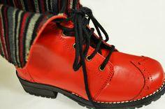 Dr. Martens, Cleats, Hiking Boots, Combat Boots, Facebook, Shoes, Fashion, Purses, Women