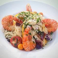 "#tghollywood ""Shrimp Scampi"", Capellini Pasta, Heirloom Cherry Tomatoes, Charred Cabbage & Onions, Parsley, Preserved Meyer Lemons, Parmesan #california #losangeles #hollywood #sunsetandvine #foodie #foodstagram #dinela #laeats #cheflife #farmtotable #shrimp #pasta #scampi #heirloomtomatoes #yummy #comeandgetit"