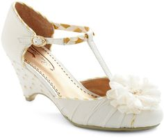 I *heart* these Poetic License wedges for wedding day shoes. So cute.