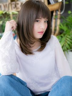 Korean Hairstyle Medium Round Faces, Haircuts For Long Hair With Bangs, Layered Haircuts For Medium Hair, Haircuts Straight Hair, Layered Hair With Bangs, Bangs With Medium Hair, Medium Long Hair, Cute Hairstyles For Short Hair, Long Layered Hair