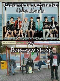 Ja zeszła bym na zawał widząc bts siedzących na przystanku hahaha Polish Memes, Funny Mems, Best Memes, Funny Photos, K Pop, Haha, Fan Art, Fandom, Humor