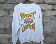 Vintage Sweatshirt UCSD La Jolla University of California Medium Unisex Preppy Surfer College Skater School Everyday Casual Street Vintage College Sweatshirts, College Shirts, College Outfits, Queen Outfit, La Jolla, Preppy, Vintage Outfits, Graphic Sweatshirt, Dreams