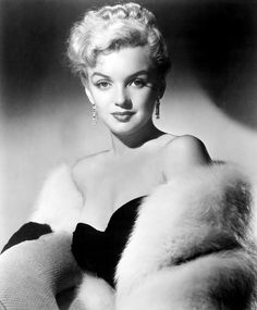 The beautiful, Marilyn Monroe in a publicity photograph for THE ASPHALT JUNGLE (1950)