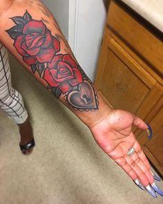 Girl Thigh Tattoos, Forarm Tattoos, Girly Tattoos, Badass Tattoos, Body Tattoos, Life Tattoos, Tatoos, Pretty Hand Tattoos, Pretty Tattoos For Women