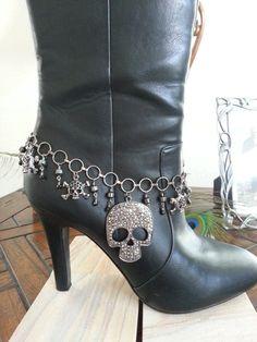 Hemalyke Skull Boot Anklet Bling by HowlingWolvesJewelry on Etsy