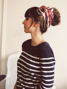 if i had my long hair back, i would totally try this. so cute!    http://emmalinebride.com/wp-content/uploads/2011/12/f4760f39.jpg