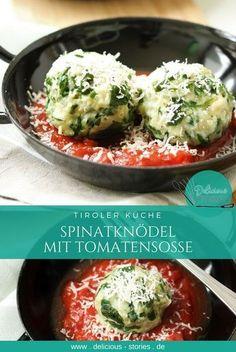 Spinatknödel aus Tirol mit Tomatensosse.