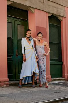 Prabal Gurung Resort 2022 Collection   Vogue High Fashion, Fashion Beauty, Fashion Looks, Womens Fashion, Resort Dresses, Prabal Gurung, Spring Summer Trends, Party Looks, Fashion Show Collection