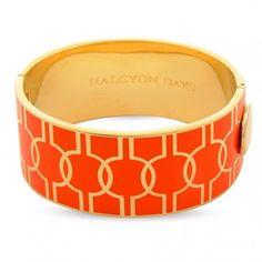 Kollektion: Geometric ⦁ Produktart: Armreif ⦁ Material: Messing, vergoldet mit 750/- Gelbgold ⦁ Breite: 2,7 cm ⦁ Referenz: 203/DH011