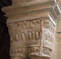 Colegiata de Santa María, Alquézar (Huesca)Capitel romanico