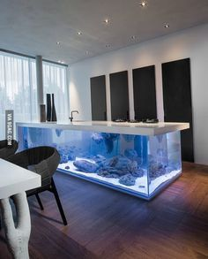 Kitchen island table aquarium...shut up and take my money!!