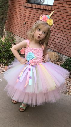 Easter Dress - Easter Tutu Dress - Rainbow Easrer Dress Unicorn Tutu Dress - unicorn birthday dress - unicorn horn - unicorn outfit - Welcome Pikide Party Dress Outfits, Girls Party Dress, Baby Dress, Dress Party, Birthday Girl Dress, Birthday Dresses, Unicorn Birthday, Halloween Costume Unicorn, Halloween Dress