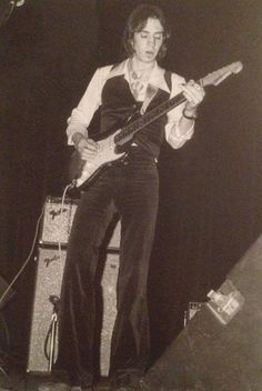 Steve Ray Vaughan, Jimmie Vaughan, Music Genius, Blues Artists, David Gilmour, Stevie Ray, Blues Music, Keith Richards, Def Leppard
