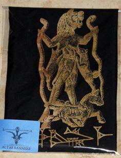 Lamashtu Vampire Demoness Gold/Black Altar Banner